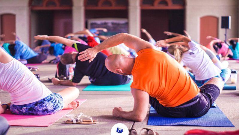 کاهش درد جسمانی با کمک یوگا